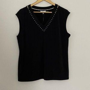 Calvin Klein V Neck Blouse with Pearl Accent Sz 0X